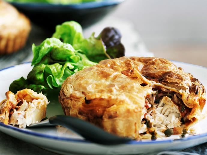 "**[Posh fish pie](https://www.womensweeklyfood.com.au/recipes/posh-fish-pie-25524|target=""_blank"")**"