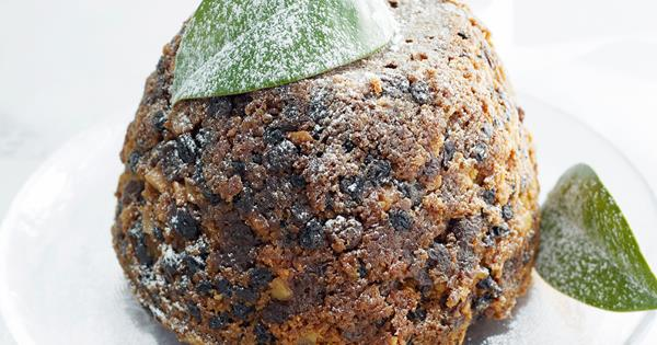 7a5686ce2d31b Rich christmas pudding | Australian Women's Weekly Food