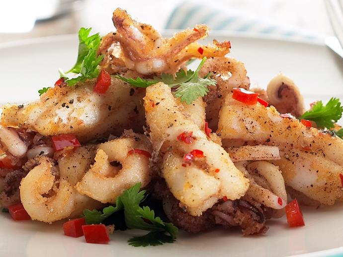 "[Salt and pepper squid](http://www.foodtolove.com.au/recipes/salt-and-pepper-squid-3290|target=""_blank"")"
