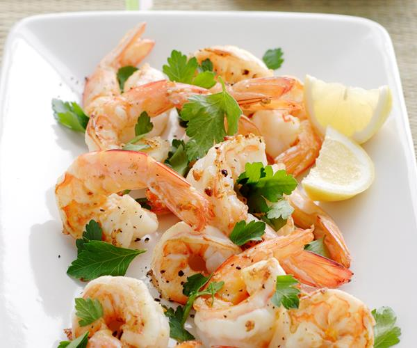 Butterflied Prawns With Chilli Dipping Sauce Recipe