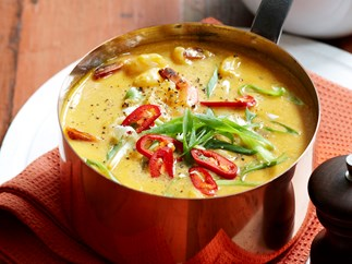 Thai prawn and pumpkin soup