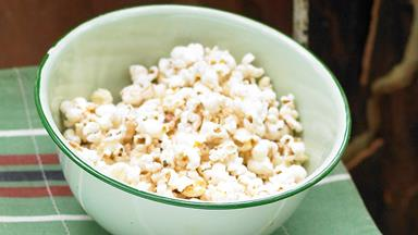 How to turn popcorn into a healthy snack