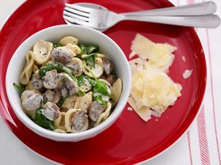 Mushroom ragu with spinach