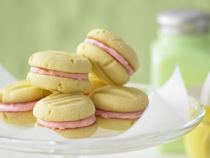 "**[Shortbread creams](https://www.womensweeklyfood.com.au/recipes/shortbread-creams-23670|target=""_blank"")**"