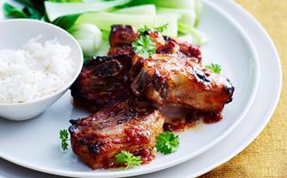 Pork spare ribs with chilli plum sauce