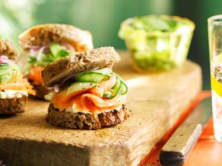 Rye toasts with smoked salmon and pickled vegetables