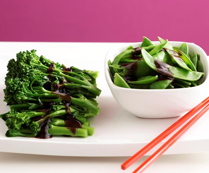 BROCCOLINI AND SNOW PEAS IN OYSTER SAUCE