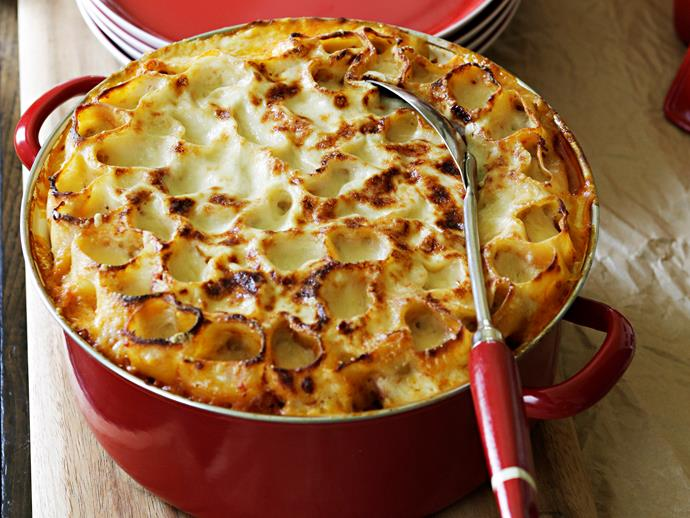 "With a herbaceous beef filling and cheesy sauce, this [classic tubular pasta bake](http://www.womensweeklyfood.com.au/recipes/cannelloni-straight-up-27143|target=""_blank"") makes for a stand out way to feed the entire family. It even makes enough to reheat for an easy weeknight meal."