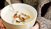 Cauliflower cream soup with mushrooms