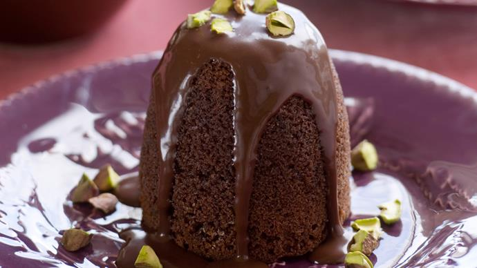 Chocolate pistachio puddings with chocolate fudge sauce