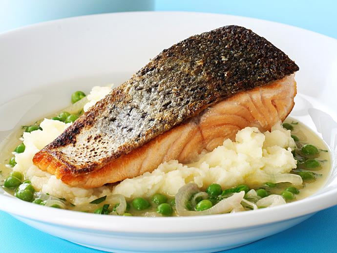 """**[Crispy skin salmon on braised peas and mash](https://www.womensweeklyfood.com.au/recipes/crispy-skin-salmon-on-braised-peas-and-mash-28304
