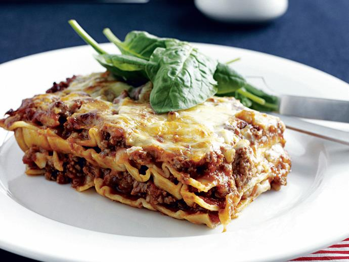 "**[Easy lasagne](https://www.womensweeklyfood.com.au/recipes/easy-lasagne-27807|target=""_blank"")**  You'll have everyone gobbling up this simple yet tantilising Italian classic. With tomato sauce, oregano, pasta and mince there is no going wrong with this flavour combination."