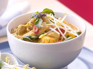 FAST RED CHICKEN CURRY