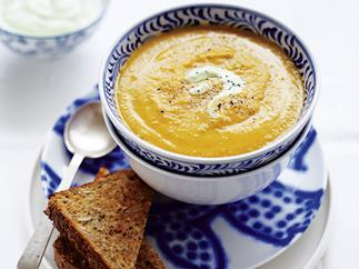 HEARTY VEGETABLE AND LENTIL SOUP