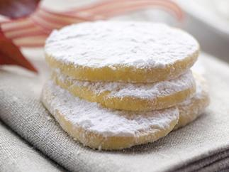MELT-IN-MOUTH VANILLA BISCUITS