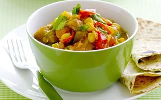 MICROWAVE CHICKPEA AND EGGPLANT CURRY