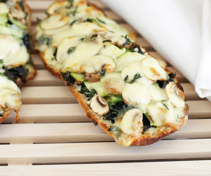 Mushroom and zucchini pizza