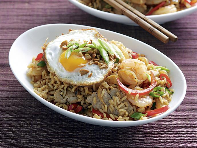 "[Nasi goreng](https://www.womensweeklyfood.com.au/recipes/nasi-goreng-1-26594|target=""_blank"")"