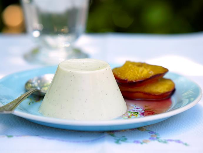 """**[Panna cotta and roasted nectarines](https://www.womensweeklyfood.com.au/recipes/panna-cotta-and-roasted-nectarines-26603