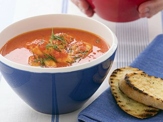 PROVENCAL-STYLE FISH SOUP WITH GARILIC TOAST