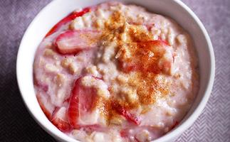 Strawberry porridge