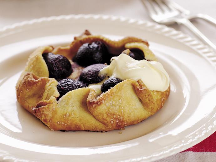 "**[Sweet almond cherry tart](https://womensweeklyfood.com.au/recipes/sweet-almond-cherry-tart-23322|target=""_blank"")**"