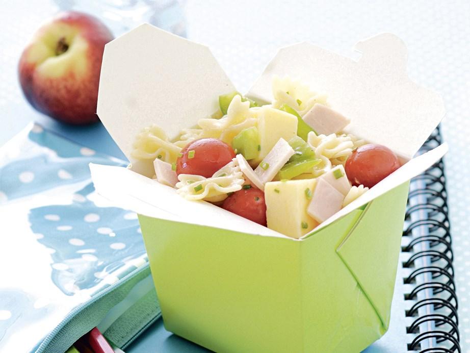 "**[Traffic light pasta salad](https://www.womensweeklyfood.com.au/recipes/traffic-light-pasta-salad-23327|target=""_blank"")** The perfect light summer work lunch."