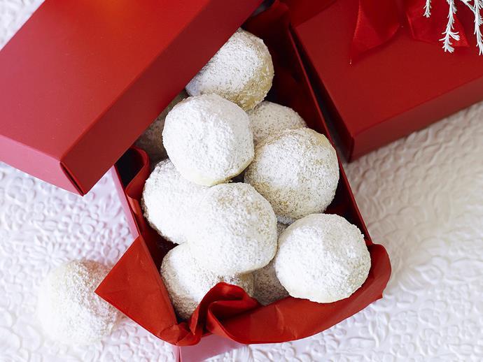 "**[Christmas snowball cookies](https://www.womensweeklyfood.com.au/recipes/christmas-snowball-cookies-23345|target=""_blank"")**   Our Christmas snowball cookies make an adorable homemade Christmas food gift."