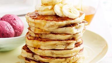 Weekend banana pancakes