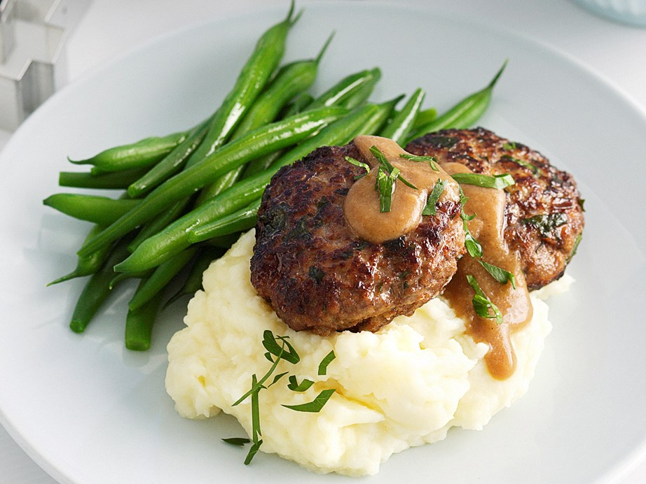 "**[Beef rissoles and mash](https://www.womensweeklyfood.com.au/recipes/beef-rissoles-and-mash-23363|target=""_blank"")**"