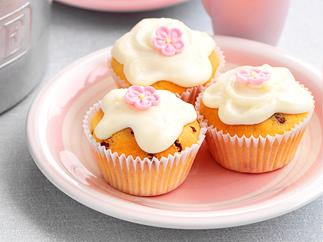 sultana cupcakes with lemon glace icing