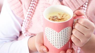 Hot white chocolate with cinnamon