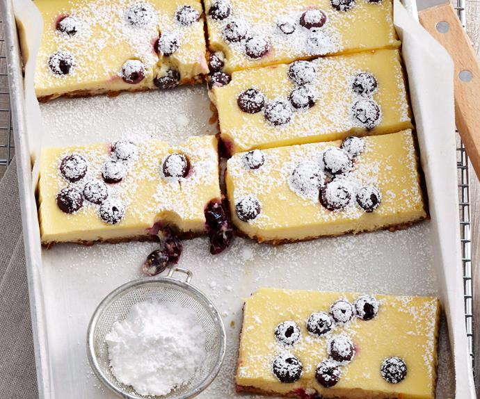 Sour cream and blueberry cheesecake slice