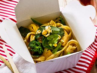 Let's do Lunch - Chicken, cashew and broccolini noodles
