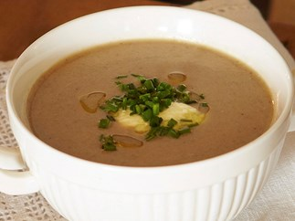 mushroom soup with chives and truffle oil
