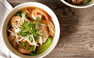 Asian chicken and prawn long soup