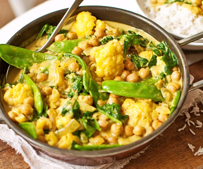 cauliflower, snow pea, spinach and chickpea curry