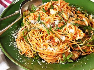 Red pesto spaghetti with rocket and haloumi