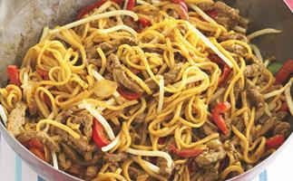 Beef singapore noodles