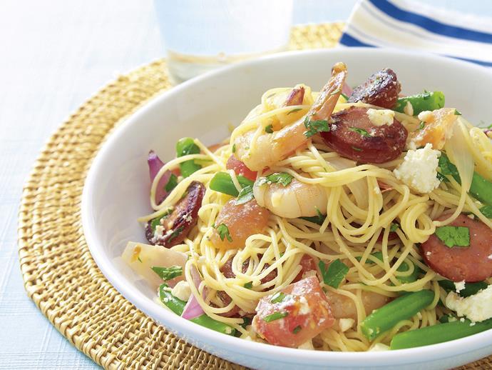 "**[Prawn and chorizo pasta](https://www.womensweeklyfood.com.au/recipes/prawn-and-chorizo-pasta-20760|target=""_blank"")**"