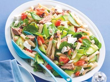 Tomato, tuna and feta pasta salad