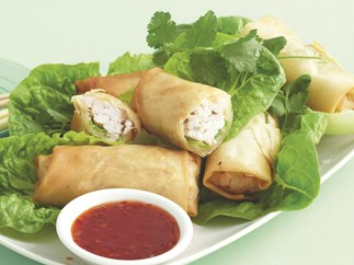 Green Curry Chicken Spring Rolls