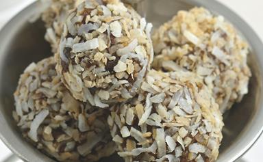 Paleo coconut date balls