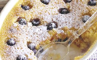 Saucy New Puddings - Blueberry and lemon delicious pudding