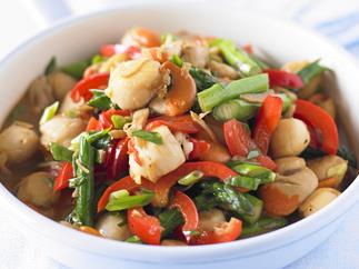 quick scallop and asparagus stir-fry