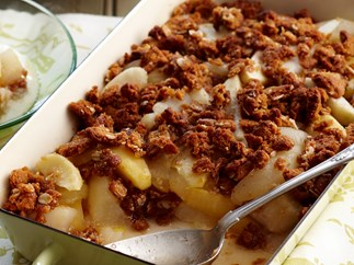 Apple, pear and anzac biscuit crumble
