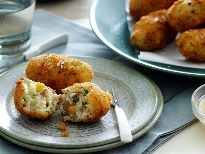"[Chicken and potato croquettes](https://www.womensweeklyfood.com.au/recipes/chicken-and-potato-croquettes-18958|target=""_blank"")"