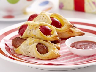 Chipolatas in pastry