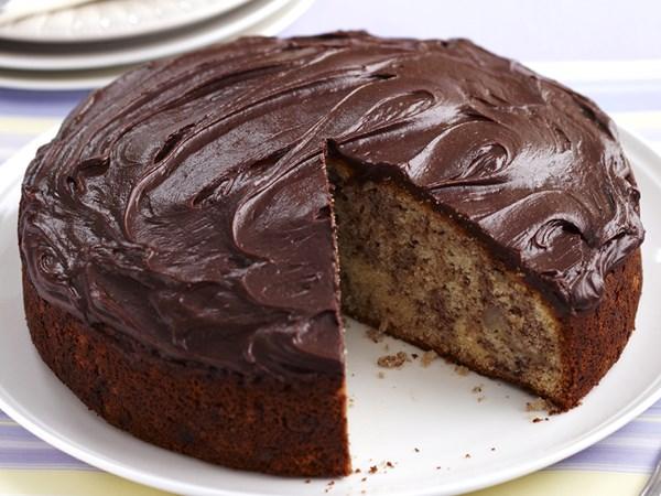 Banana Cake Recipe Chocolate Icing: Banana Cake With Chocolate Frosting Recipe