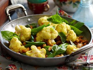 Crunchy Cauliflower and Cashews